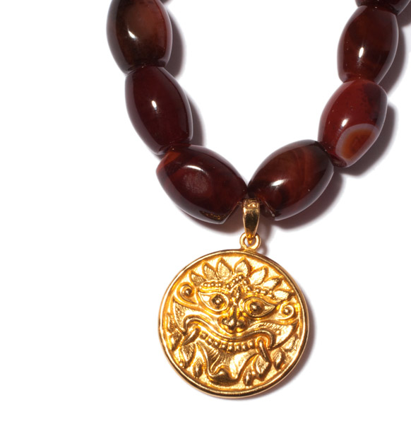 Agate Necklace with Chepu Pendant(Chinese Jewelry)