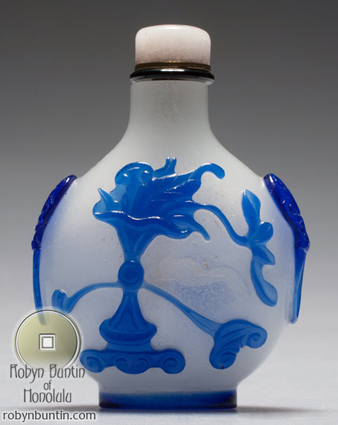 Glass Snuff Bottle(Chinese Sculpture)