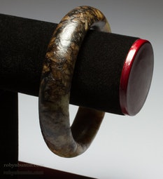 Mottled Jade Bangle