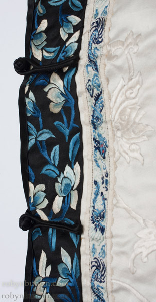 Vintage White & Blue Chinese Robe(Chinese Textile)