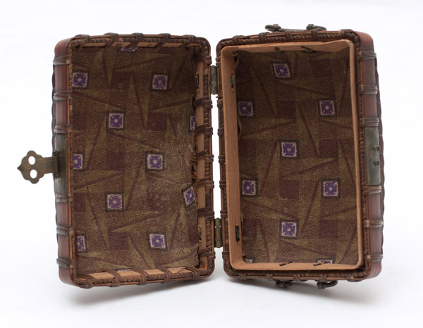 Suitcase Tobacco Pouch(Japanese Functional Object)