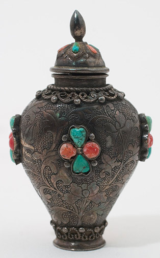 Mongolian Snuff Bottle (Chinese Sculpture)
