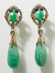 Screw Back Jadeite Earrings