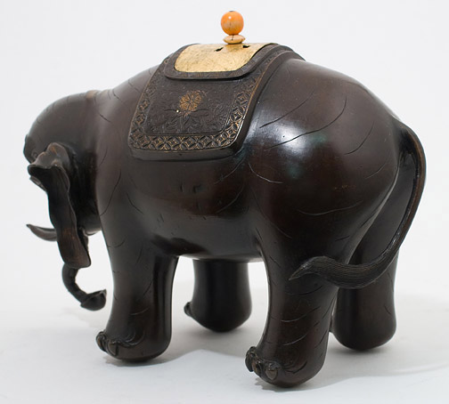 Pair of Bronze Elephants(Chinese Sculpture)