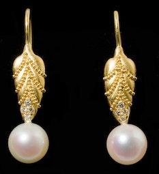 Pearl & Diamond Earrings by Tomi