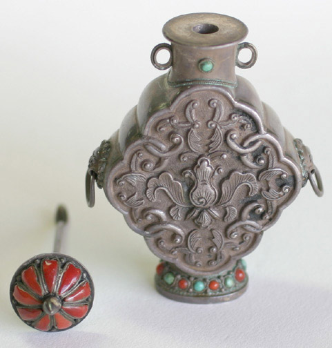 Chinese Snuff Bottle(Chinese Sculpture)