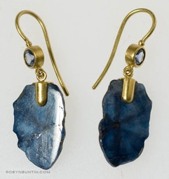 Sapphire Earrings by Tomi
