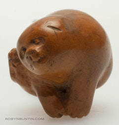 Boxwood Puppy Netsuke